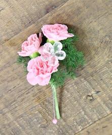 Pixie Carnation Boutonniere