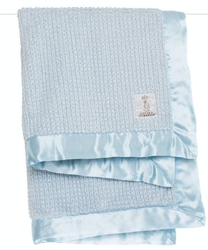 Baby will LOVE the magical texture of this ultrasoft faux fur rib is sure to keep baby engaged. Dreamy colors pair with classic white, creating a feathery effect.