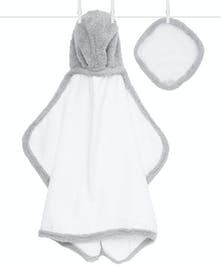 Dry off your little one in plush luxury with our Chenille hooded bath towel. These ultrasoft towels are made with absorbent cotton terry and our signature Chenille.